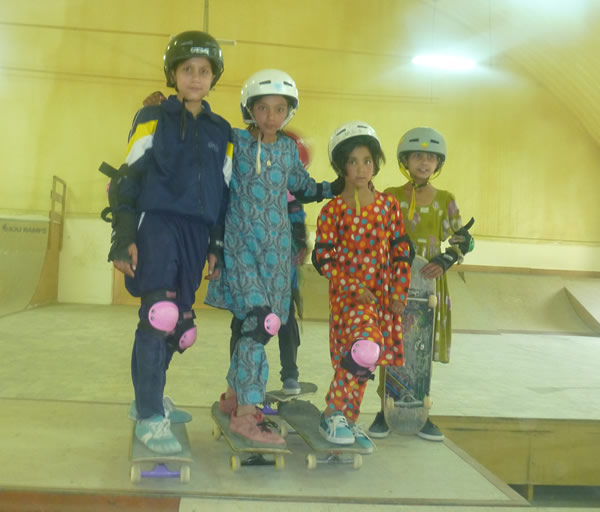 Street children in Kabul in the Skatistan Program