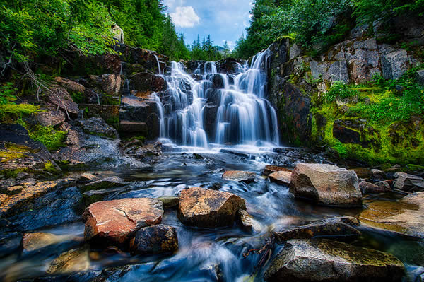 waterfall-mt-rainier